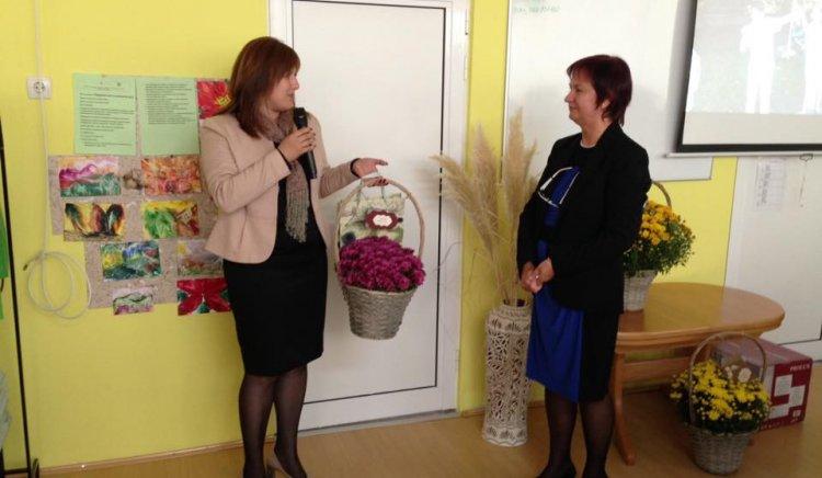 Кристина Сидорова посети Дневния център за деца в увреждания в Габрово