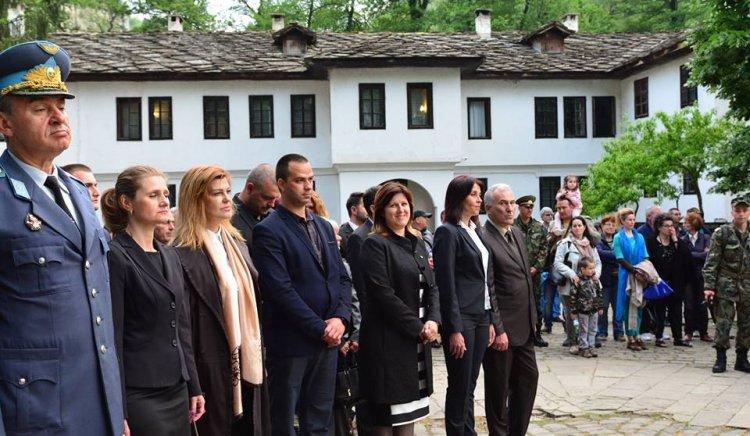 Кристина Сидорова: Да съхраним, възродим, продължим и подкрепим Българското