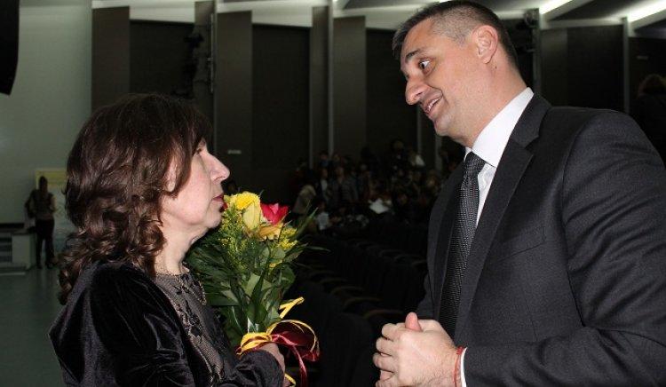Кирил Добрев: В класната стая стои бъдещето на България!